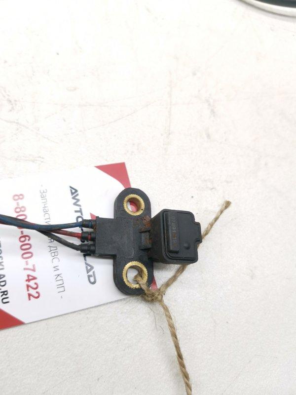 Датчик положения коленвала Mitsubishi Delica Space Gear PD6W 6G72