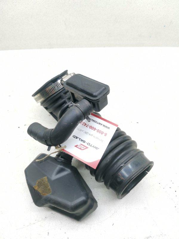 Патрубок воздушного фильтра Nissan Skyline KV36 VQ35HR