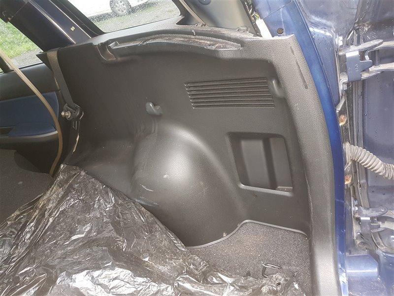Обшивка багажника Suzuki Escudo TD54W J20A 2007 задняя правая