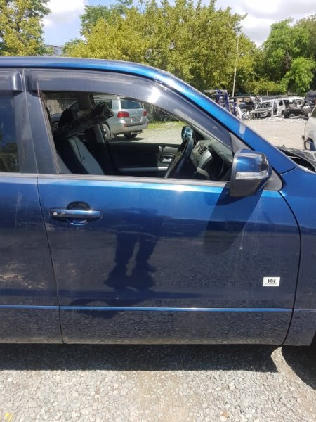 Дверь Suzuki Grand Vitara TD54W J24B 2009 передняя правая