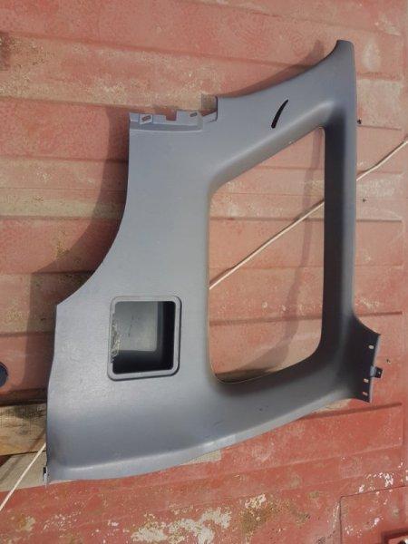 Обшивка багажника Toyota Hilux Surf VZN185 5VZ-FE 1996 задняя правая