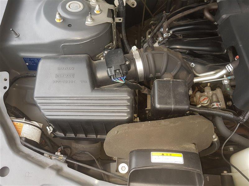 Корпус воздушного фильтра Suzuki Escudo TD54W J20A 2007