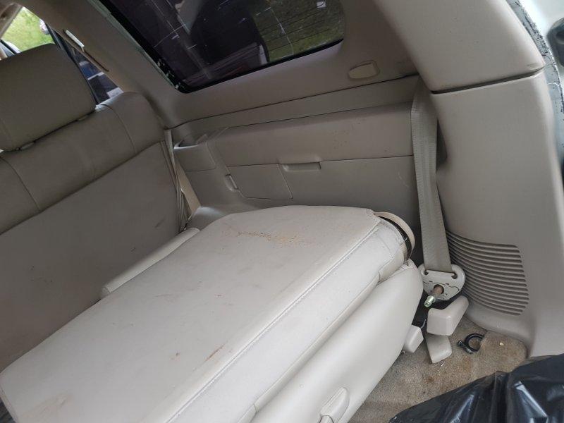 Обшивка багажника Toyota Land Cruiser Cygnus UZJ100 2UZ-FE 2000 задняя правая