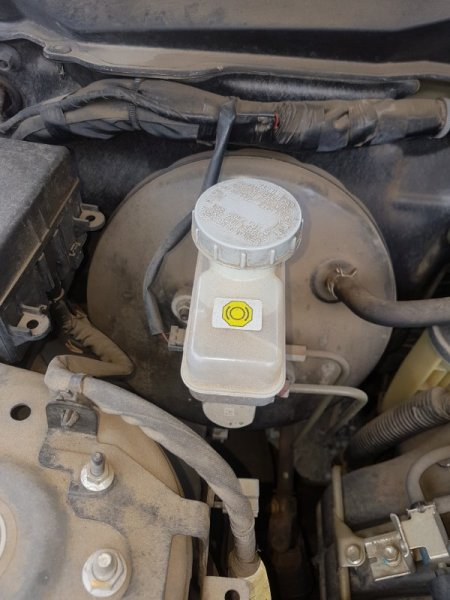 Главный тормозной цилиндр Suzuki Escudo TD54W J24B 2009