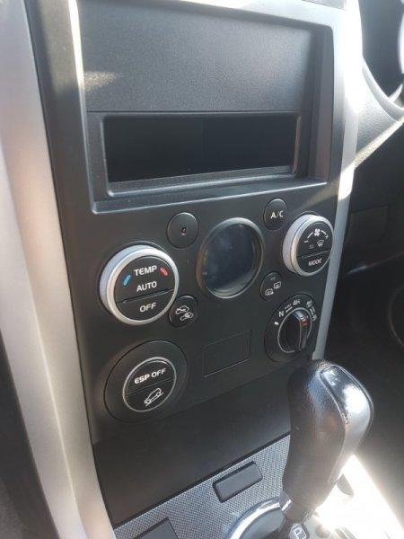 Блок управления климат-контролем Suzuki Escudo TD54W J24B 2009