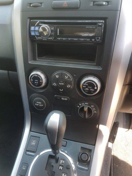 Блок управления климат-контролем Suzuki Escudo TD54W J20A 2007