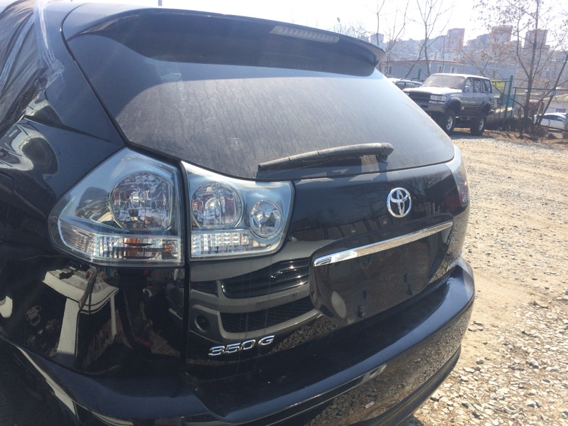 Дверь 5 Toyota Harrier GSU35 2GR