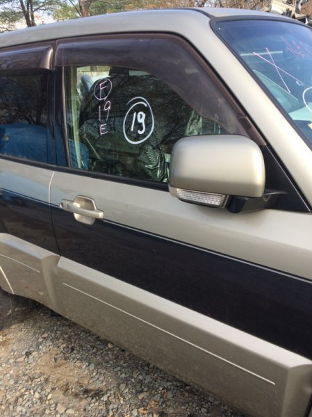 Дверь Mitsubishi Pajero V98W 4M41 передняя правая