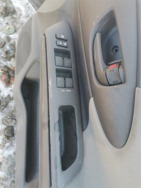 Пульт стеклоподъемника Toyota Wish 20 передний правый