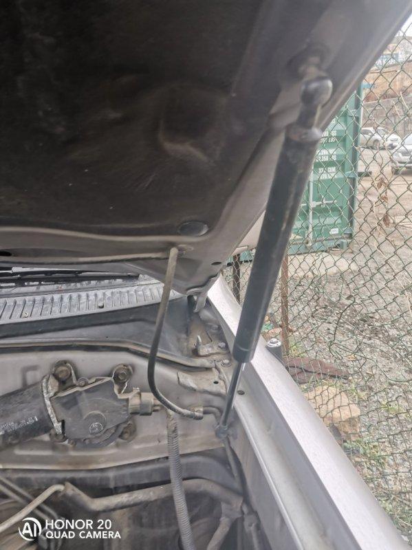 Амортизатор капота Toyota Land Cruiser HDJ101 1HDFTE