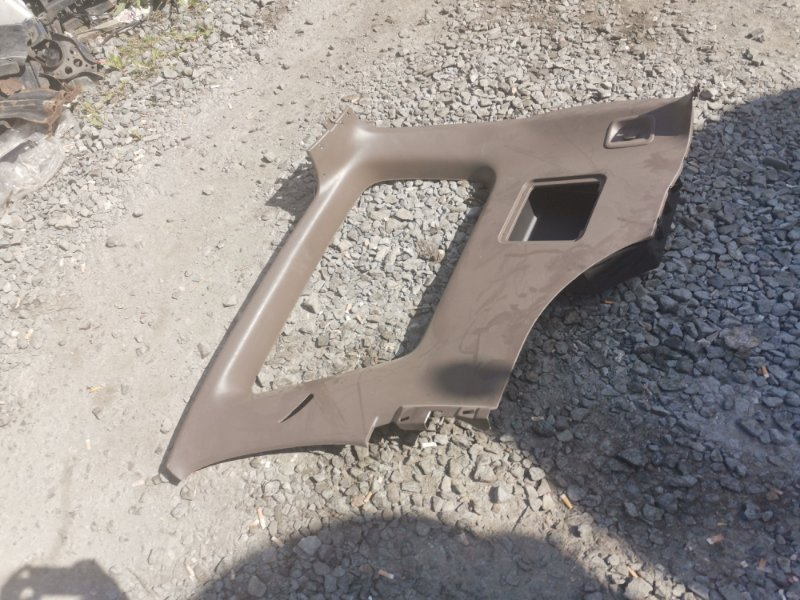 Обшивка багажника Toyota Hilux Surf 185 задняя правая