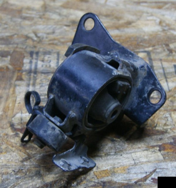Подушка двигателя Toyota Allion ZZT240 1ZZFE левая