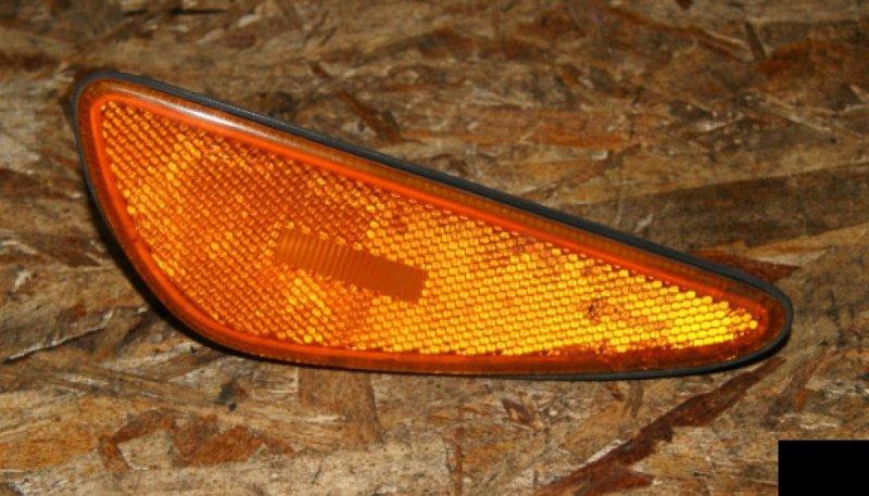 Повторитель в бампер Nissan Cefiro A33 VQ20DE передний правый