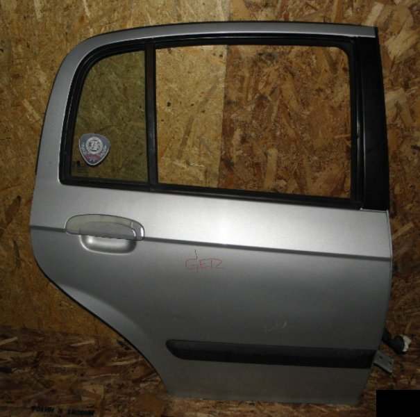 Дверь Hyundai Getz TB G4EA задняя правая