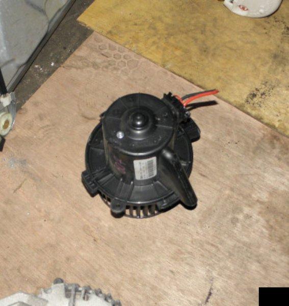 Мотор печки Peugeot 307 NFU 10FX60