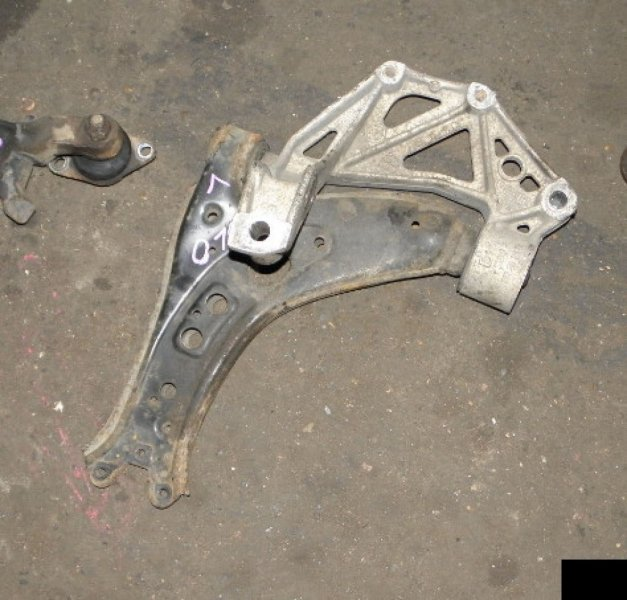 Рычаг Volkswagen Polo POLO IV BBY передний левый