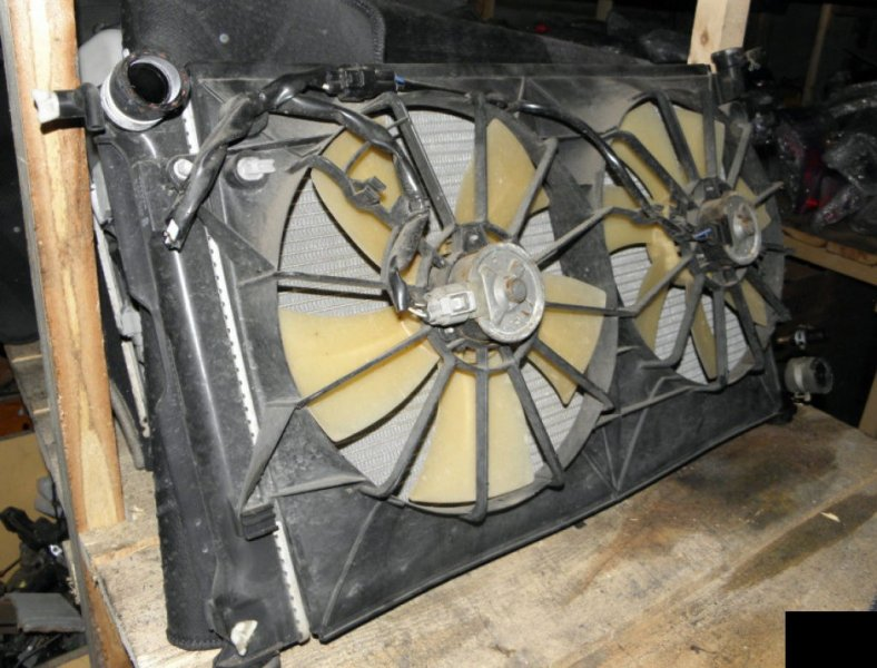 Радиатор двс Toyota Vista ZZV50 1ZZFE