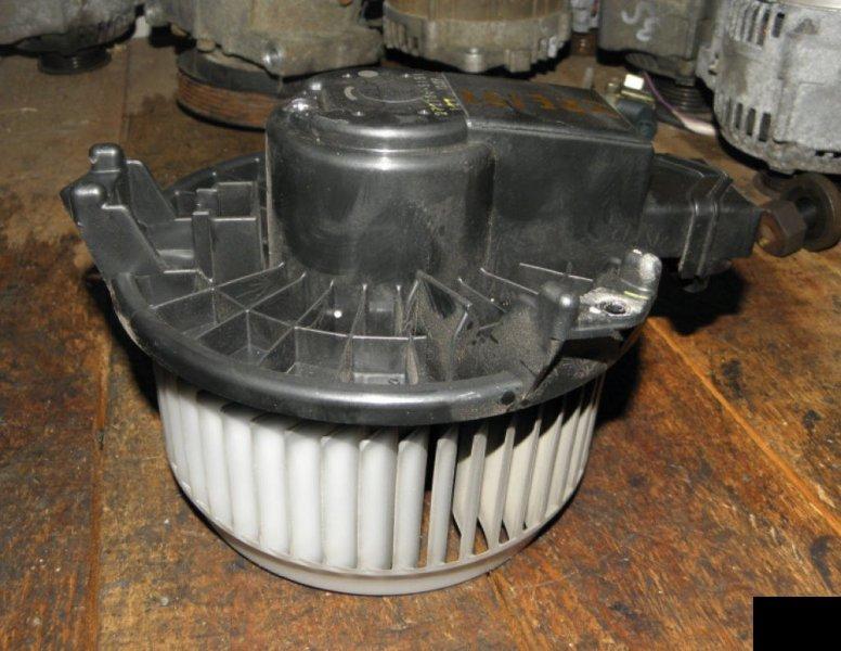 Мотор печки Toyota Corolla ZRE151 1ZR-FE