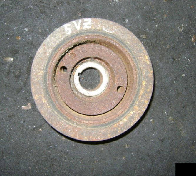 Шкив коленвала Toyota Hilux Surf VZN185 5VZFE