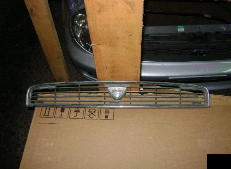 Решетка радиатора Nissan Bluebird ENU13 SR18DE