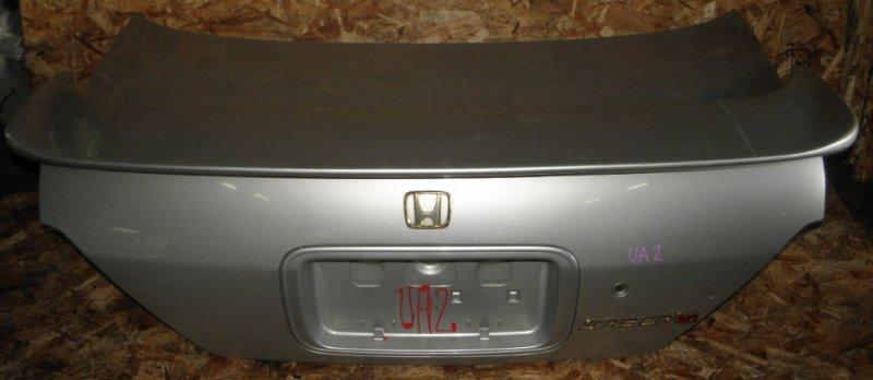 Крышка багажника Honda Saber UA2 G25A задняя