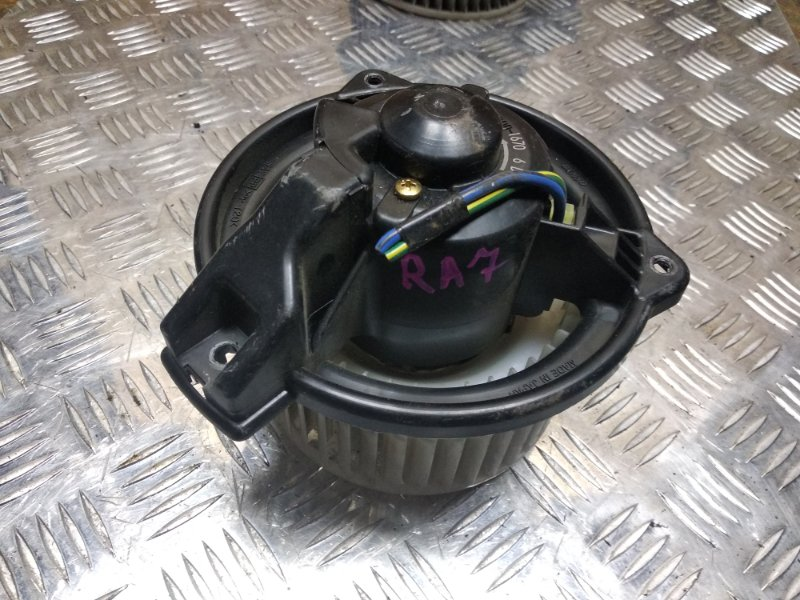Мотор печки Honda Odyssey RA7 F23A