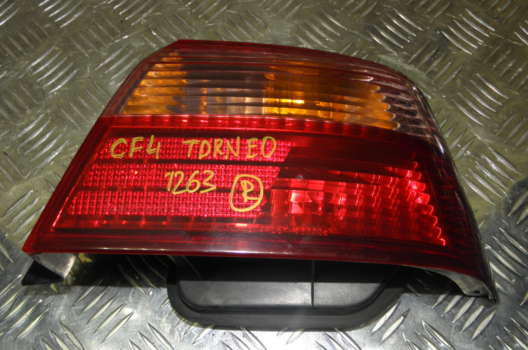 Стоп Honda Torneo CF4 F20B задний правый