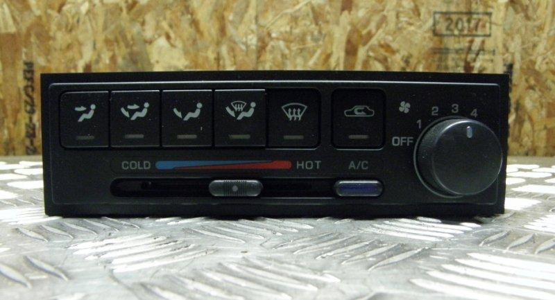 Блок управления климат-контролем Nissan Bluebird Sylphy QG10 QG18DE