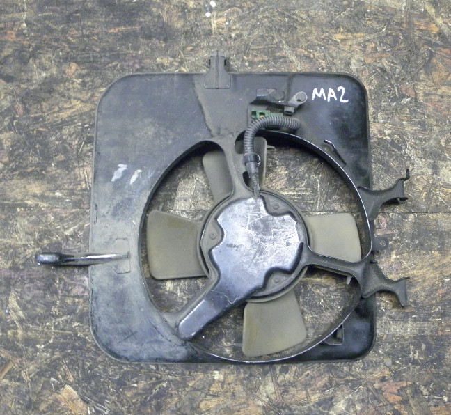 Диффузор радиатора кондиционера Honda Concerto MA2 ZC