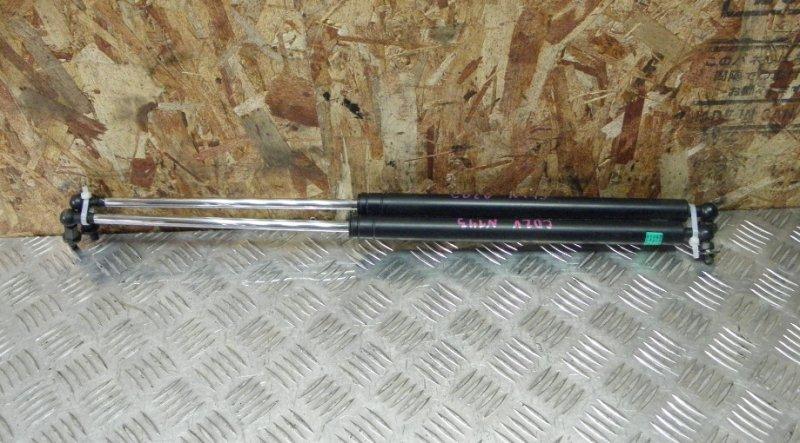 Амортизатор задней двери Mitsubishi Libero CD2V 4G15 1997