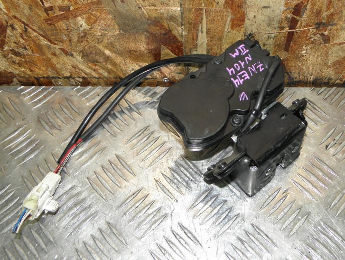 Замок крышки багажника Toyota Wish ZNE14 1ZZFE 2009