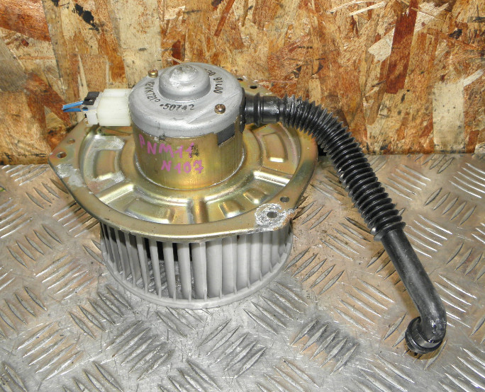 Мотор печки Nissan Prairie Joy PNM11 SR20DE 1997