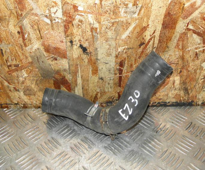 Патрубок радиатора Subaru Outback BPE EZ30 нижний