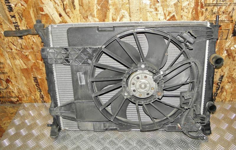 Радиатор двс Renault Megane BM F4R771 2006