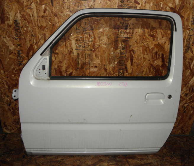 Дверь Suzuki Jimny JB23W K6A 2000 передняя левая