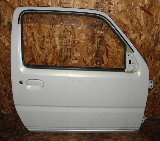 Дверь Suzuki Jimny JB23W K6A 2000 передняя правая
