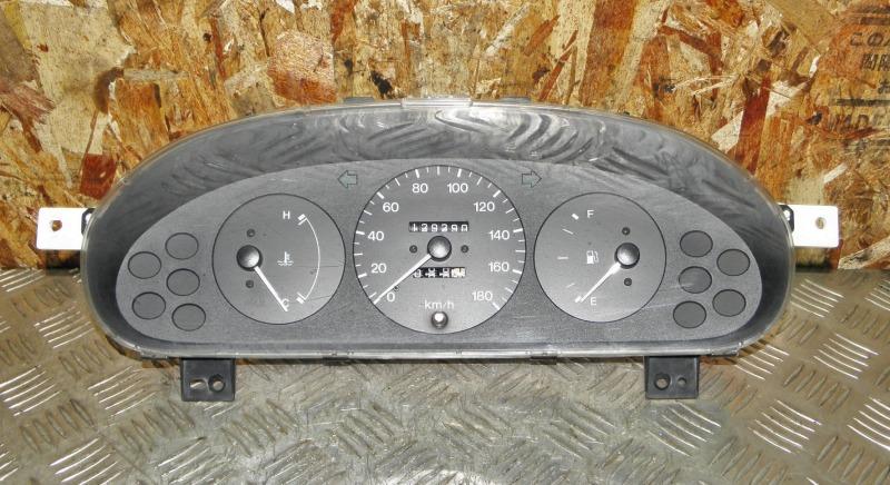 Щиток приборов Mazda Familia BHALP Z5 1996