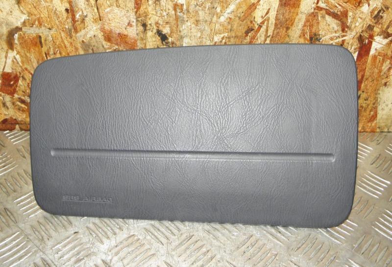 Airbag пассажирский Nissan Liberty RM12 QR20DE 2004