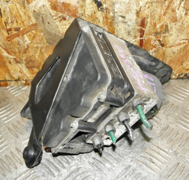 Блок abs Renault Megane BM F4R771 2006