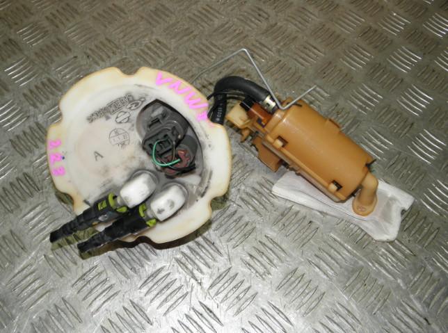 Топливный насос Nissan Expert VNW11 QG18DE 2001