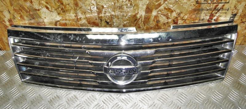 Решетка радиатора Nissan Liberty RM12 QR20DE 2004