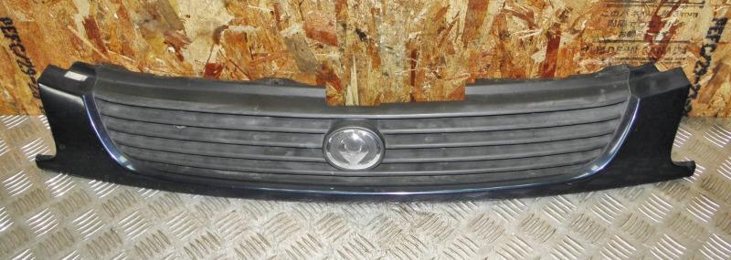Решетка радиатора Mazda Familia BHALP Z5 1996