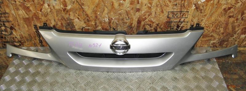 Решетка радиатора Nissan Serena TC24 QR20DE 2005