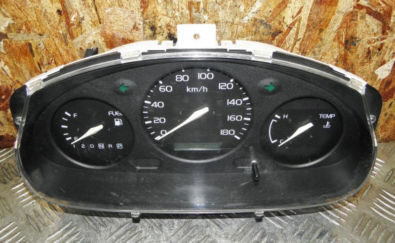 Щиток приборов Nissan March K11 CG10DE 1997
