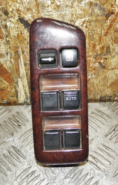 Блок упр. стеклоподьемниками Nissan Cefiro PA32 VQ25DE 1995