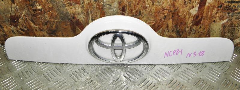 Накладка на багажник Toyota Sienta NCP81 1NZFE 2004