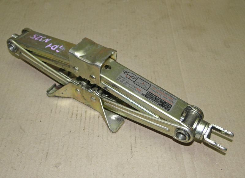 Домкрат Honda Fit GD1 L13A 2002