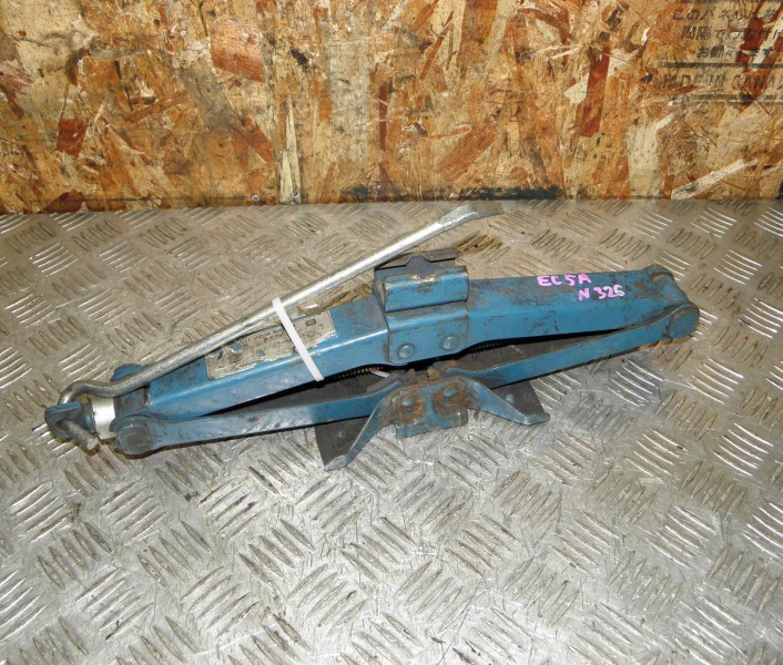 Домкрат Mitsubishi Galant EC5A 6A13 1996