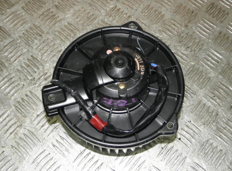 Мотор печки Toyota Opa ZCT15 1ZZFE 2002