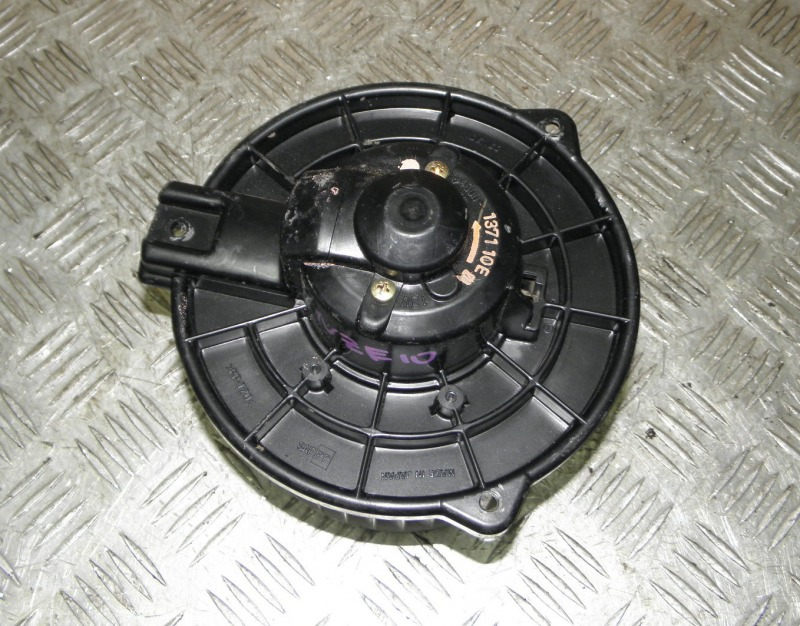 Мотор печки Toyota Wish ZNE10 1ZZFE 2003
